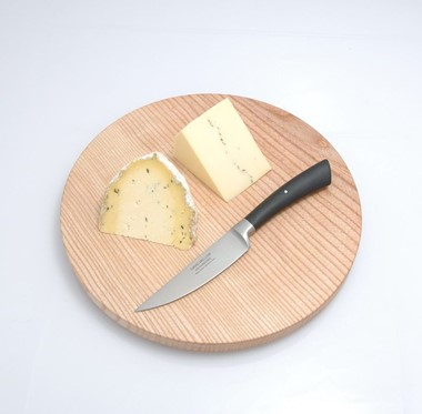 cheese boards and knives